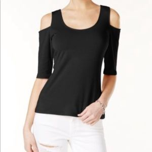 """""""Guess"""" NWOT elbow sleeve cold shoulder top"""